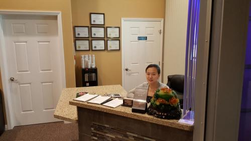 A Friendly Receptionist